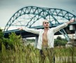 Фотосессия в городе и на природе в Капотне мужской портрет