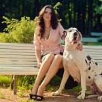 Фотосессия с собакой фэшн на пленере недорого в парке