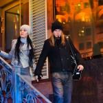 Лав стори фотосессия в ночном городе иллюминация огни