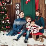 Семейная фотосессия в студии зимой новый год