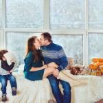 Фотосессия в студии семьи с детьми