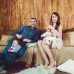 Фотосъемка семьи в студии с детьми