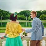 Лав стори фотосессия Анны и Валентина в Кусково влюбленные пара балкон вид усадьба лето облака пруд взгляд улыбка