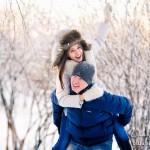 Фотосессия лав стори зимой на природе